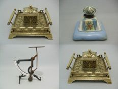 Bronze/brass inkstand + polychrome ink-set + letter weger