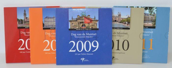 "Netherlands - Series of  year collections 2007 up to and including 2011 ""Dag van de Munt"" (Day of the Coin) (5 pieces)"