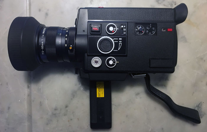Canon 814XL Electronic Super8 camera with remote control, user manual, lens cap and bag