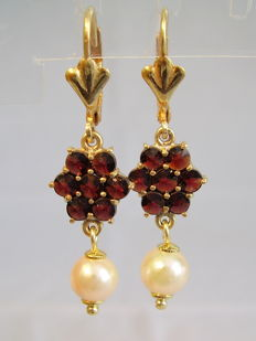 Victorian earrings with garnet roses and genuine white Akoya pearls
