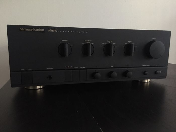 Harman Kardon HK6850 amplifier