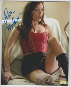 Planet Terror - signed 8x10 inch photo - autograph from actress Rose McGowan as Cherry - COA from Celebrity Authentics