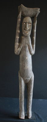 Very Old, Large Sculpture of Man Carrying Bowl - PORA PORA - Papua New Guinea