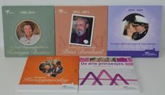 "The Netherlands –  Year sets 2010 to 2014 ""Theme sets Royal Dutch Mint"" (5 sets)"