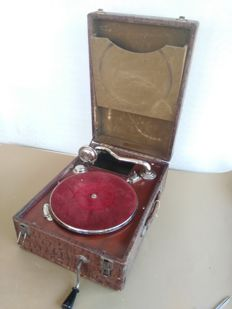Antique 78 rpm folding suitcase gramophone - Selectional - Italy - 1900