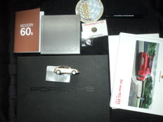 Lot with Porsche accessories