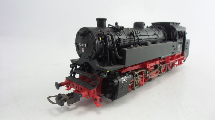Piko H0 - 50040 - Tender Locomotive BR 82 of the DB