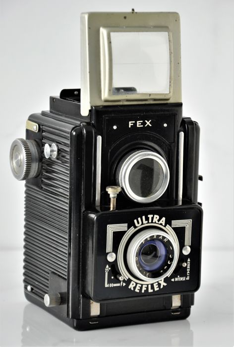 1953  FEX  'Ultra Reflex'  120 6x6 Camera.