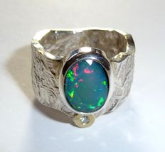 Ring - 925 silver + 14 kt gold heavy gold smith ring with 2.86 ct. Full opal + 0.04ct. Diamond - Ring size 60 / 19.1 mm