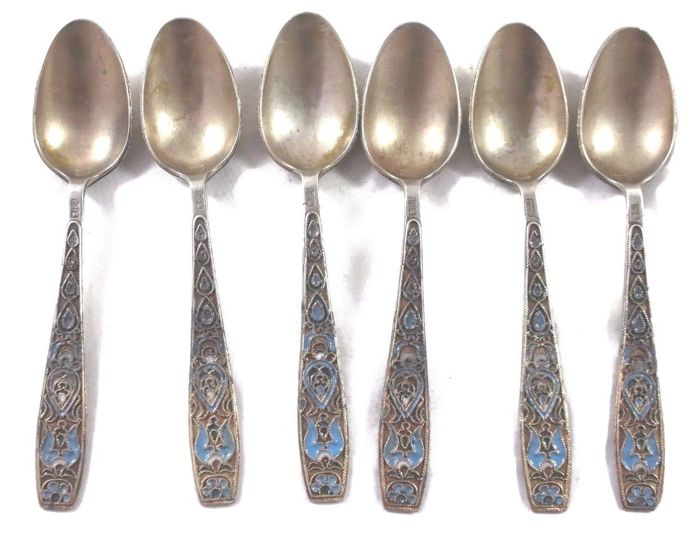 Decorated Teaspoons Set - 84 Silver and Enamel - Filigree - Russia - 19th century