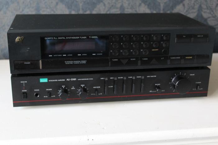 Sansui AU-D101 Amplifier  + Sansui Quartz  Digital Tuner T-1000L