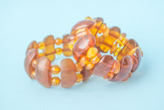 Baltic Amber vintage bracelets set of 2 pieces, butterscotch, egg yolk honey colour, 56 gram