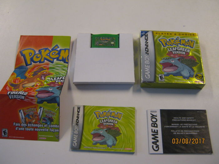 Pokémon - 2 boxed and complete Pokemon advance games - Emerald version + Leaf Green version.