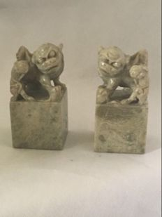 Chinese pair of soapstone carve lions and baby's lions seals - China - second half 20th century