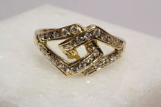 18 kt gold fantasy ring with 28 brilliant cut diamonds, 0.45 ct in total - size 54