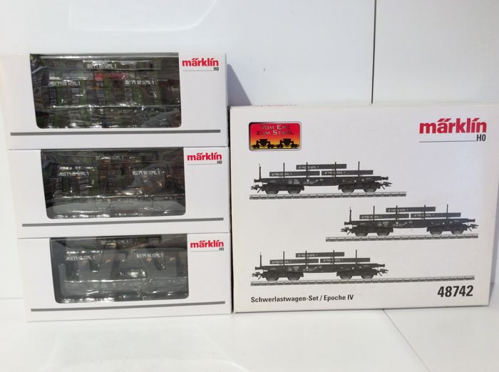 Märklin H0 - 48742 - set heavy transport carriages loaded with steel slabs  (1729)