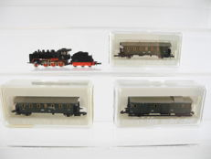 "Märklin Z - 8751/52/ and others - 5-part passenger train with stem locomotive Series BR 24 + passenger carriages type ""Thunderbus"" [185]"
