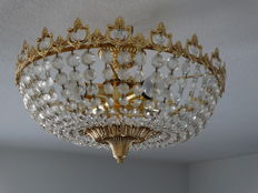 Round lamp with very fine and stylish carved crystal, mid 20th century, and brass, very fine brass