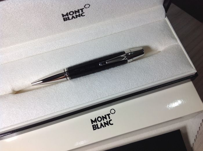Montblanc Pen Boheme Solitaire Doue' Signum in black and platinum, new ballpoint pen