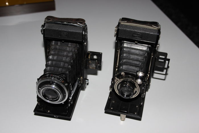 2 roll film - bellows cameras by Zeiss Ikon - Nettar 515/2 and Bob 510/2 (approx. 1930)