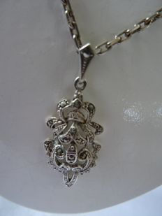 Silver, vintage necklace with a pendant with marcasite stones