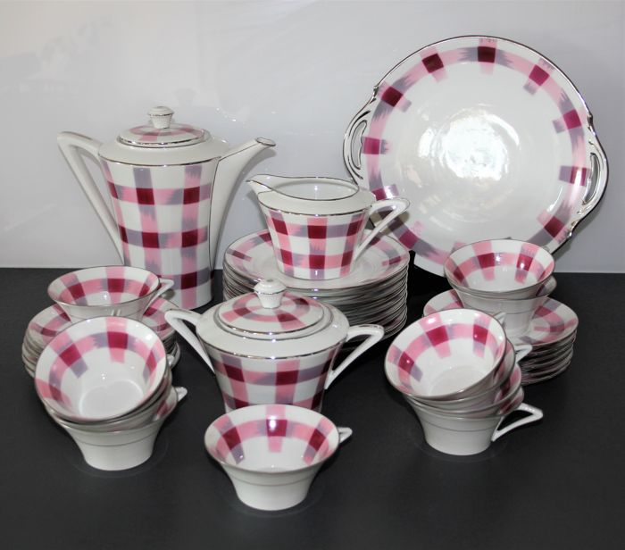 Limoges - Vintage Tea Service - 36 pieces