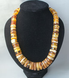 Art Deco natural Baltic Amber necklace, in lemon, honey colour, 153 gram
