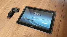 Samsung Galaxy Tab 2 10.1 with charger + brandnew charger cable.