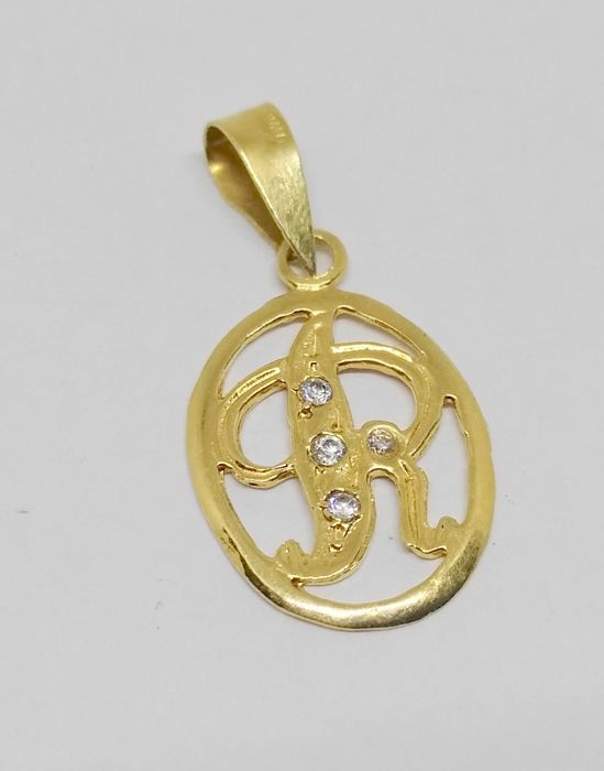 Pendant in 18 kt yellow gold – Letter R