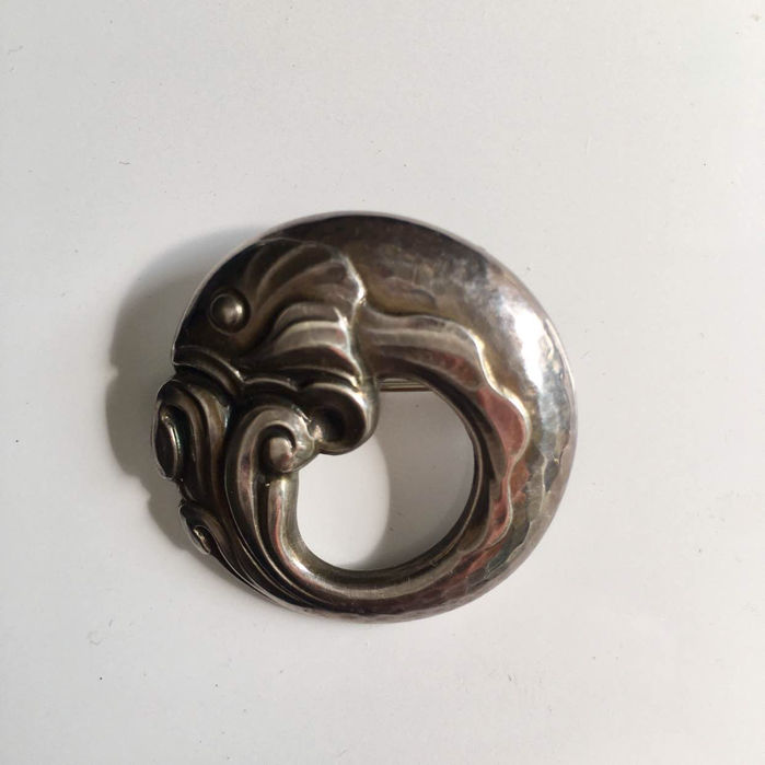Georg Jensen brooch print run, 1970 Denmark