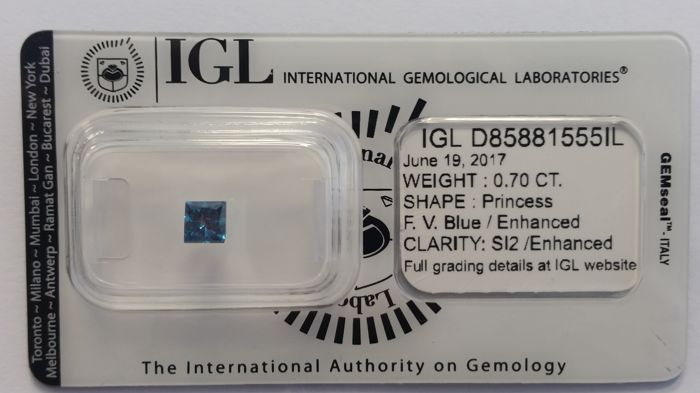 0.70ct  PRINCESS cut diamond Fancy  Vivid Blue  SI2  IGL -No Reserve