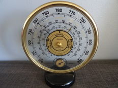 Jaeger Lecoultre - Vintage precision barometer in golden metal, glass and Bakelite