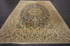 Beautiful fine Persian palace carpet, Nain silk carpet, wool with silk, made in Iran, Nain province, 117 x 165 cm