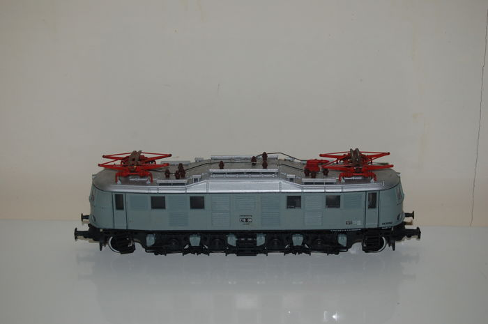 Rivarossi H0 - 1665 - Electric locomotive Series E 18 ''Grey Livery'' edition of the DR