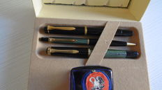 Pelikan set in original case with inkwell - 2 fountain pens and 1 propeller pencil