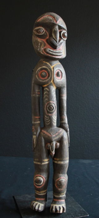 Important Ancestor Sculpture of the KWOMA People from the Washkuk Region, Papua New Guinea
