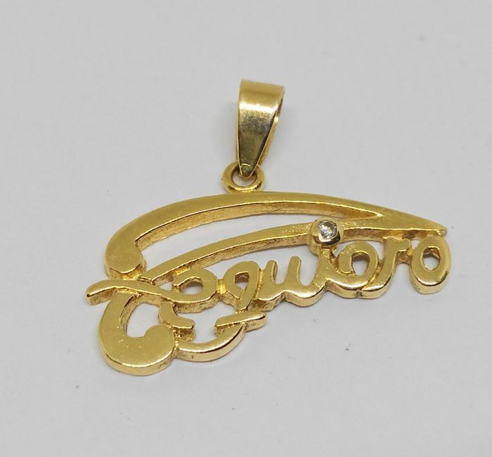 18 kt yellow gold 'I love you' pendant