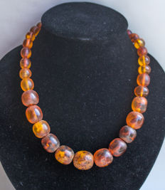 Art Deco, Baltic Amber necklace butterscotch egg yolk, honey colour, 63 gram