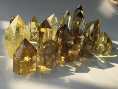14 Points of Yellow Citrine Quartz -  different lengths   - 797  gr total