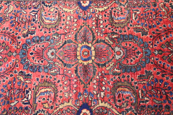 Beautiful antique hand-knotted Art Nouveau Persian carpet circa 1930 American US Sarouk 1.20 x 0.60