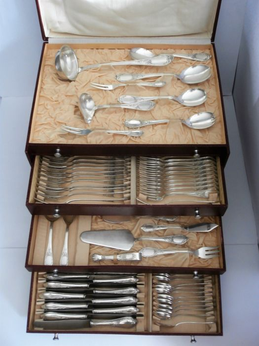 Complete Rococo cutlery section for twelve people incl. fish cutlery + serving cutlery 135-part in case, Solingen, Germany, 1st half 20th century