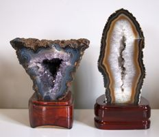 Lot of Agate and Amethyst sculptures on base - 1767 gm (2)