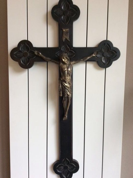 Antique wooden crucifix, 75 cm, from the early 20th century