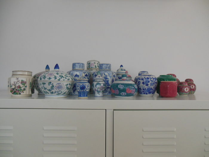 Collection of Chinese porcelain ginger jars