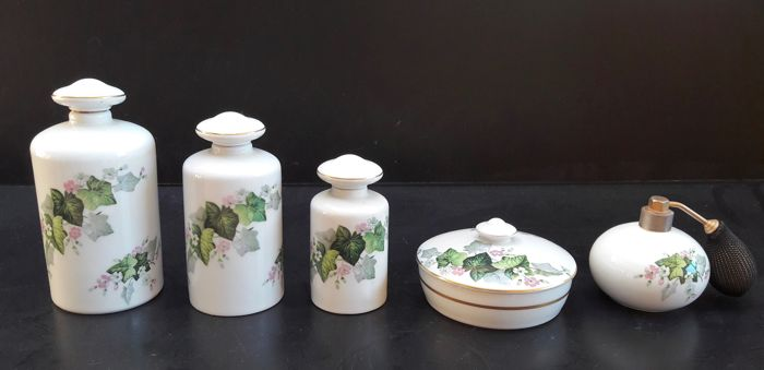 Complete five piece bathroom set Goumot-Labesse GL Limoges