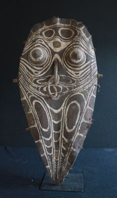 Palm Leaf Gable Mask (Pangal) - YATMÜL - Papua New Guinea