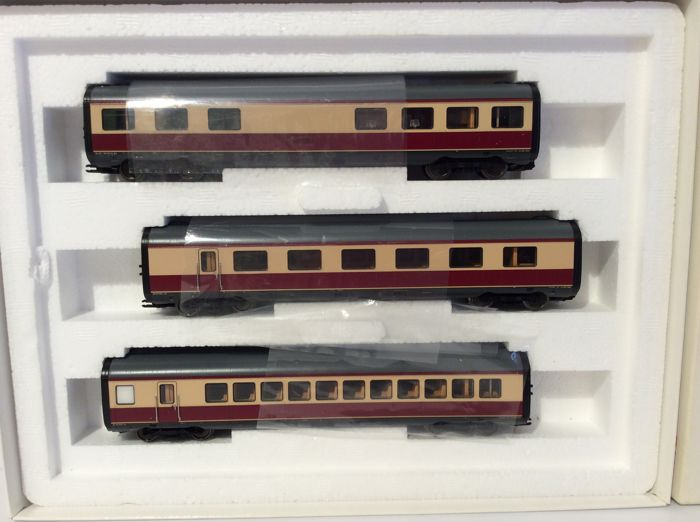Märklin H0 - 43115 - expansion set for 37605 VT11.5, passenger carriage, saloon car and  bar wagon (1735)