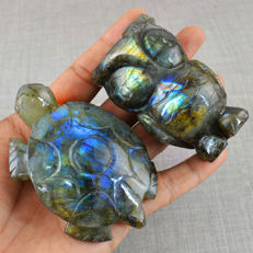 Top Blue Flash Labradorite Owl & Turtle  84 mm & 71 mm - 311 gm (2)