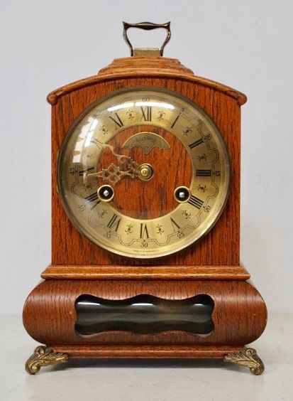 Dutch model table clock with bell. Oak - Warmink - Wuba period 1970s