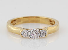 "18 kt yellow gold diamond ring of 0.53 ct / 4.00 g / G-H VS1-SI1 / 56.5 / ""NEW"""